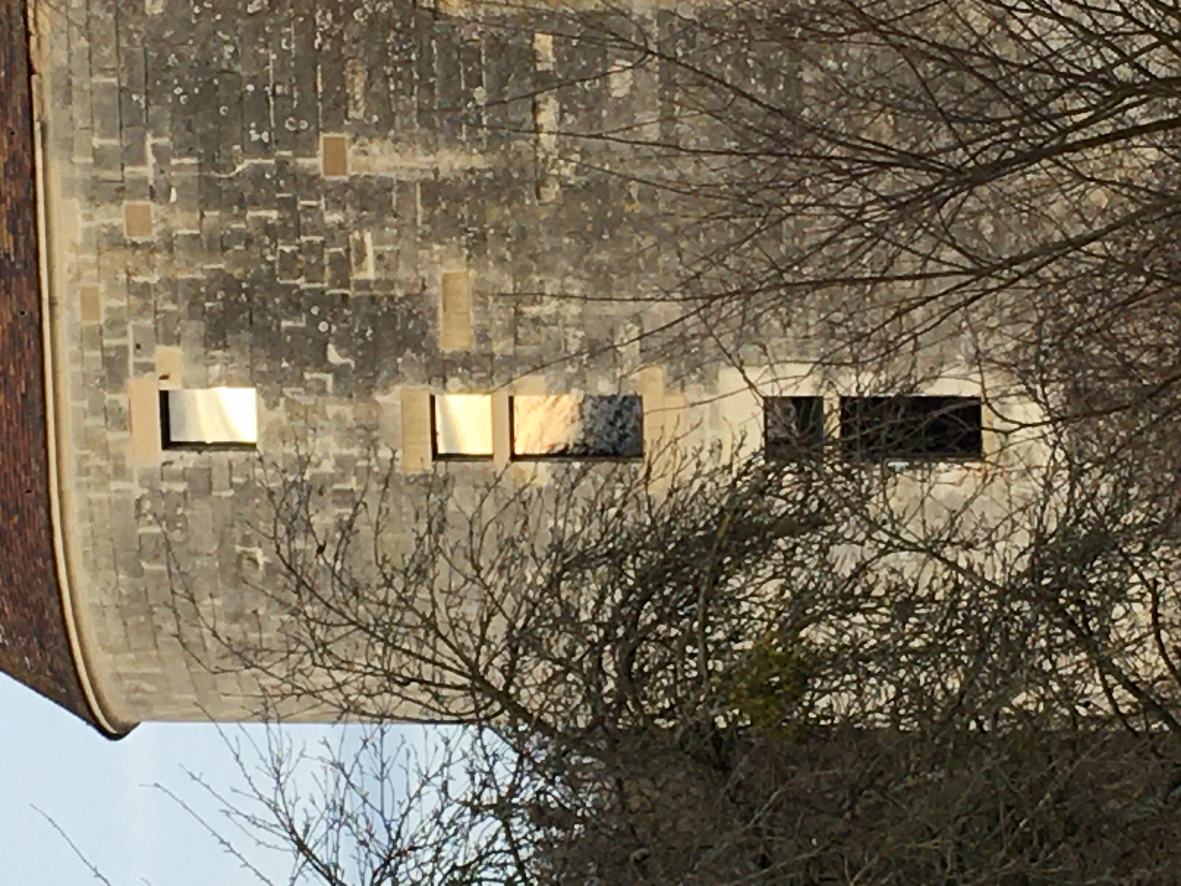 Menuiseries métalliques château d'Armentières sur Ourcq