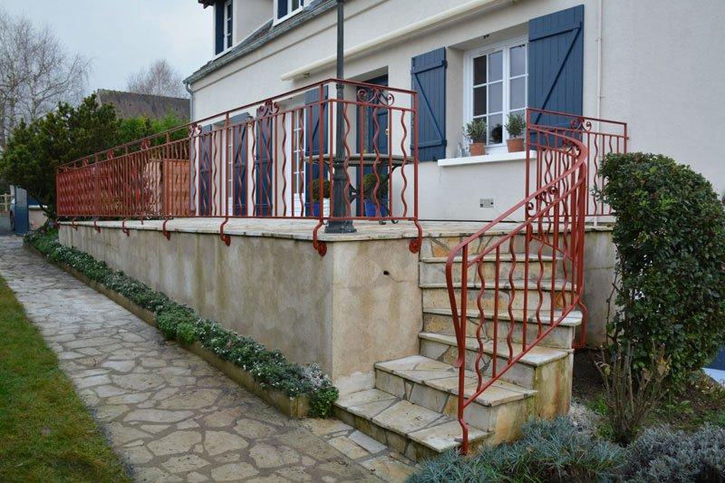 Fabrication d'un garde-corps et rampe d'escalier au style provencal