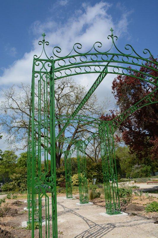 pergola pour le parc saint cr pin de la ville de soissons les ferronniers de soissons. Black Bedroom Furniture Sets. Home Design Ideas