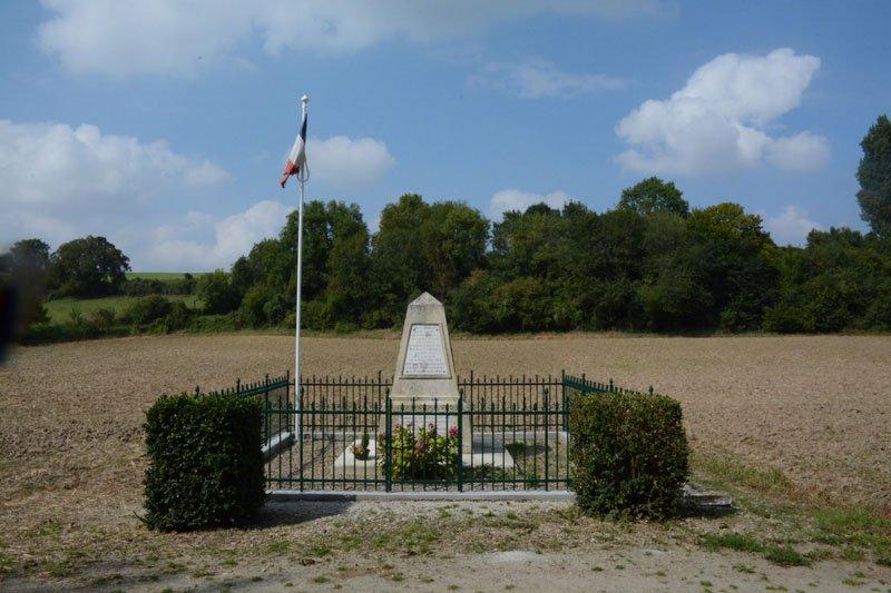 Rénovation des grilles du monument aux morts