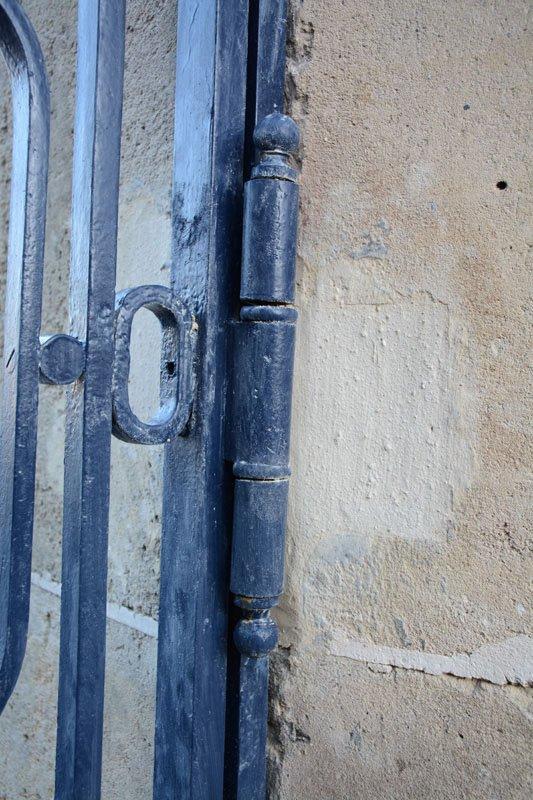 Changement de paumelles du portail